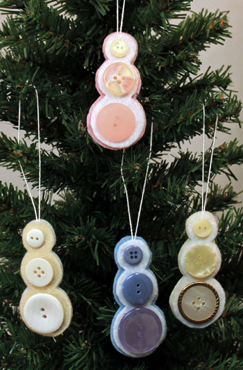 Button-Snowman-Ornament-four-finished-snowmen